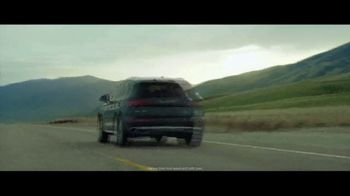 2018 Audi Q5 TV Spot, 'The Decision' [T1] - Thumbnail 9