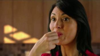 Cacique TV Spot, 'Dos Cocinas: Daughter' - Thumbnail 10