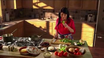Cacique TV Spot, 'Dos Cocinas: Daughter' - Thumbnail 2