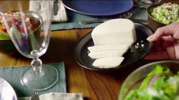 Cacique TV Spot, 'Dos Cocinas: Daughter' - Thumbnail 5