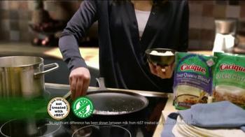 Cacique TV Spot, 'Dos Cocinas: Daughter' - Thumbnail 6