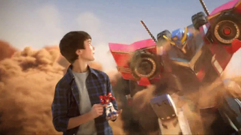 Transformers Robots in Disguise Combiner Force TV Spot, 'When Bots Collide' - Thumbnail 6