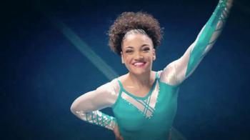 Crest TV Spot, 'Laurie Hernández le sonríe a su día' [Spanish] - Thumbnail 5