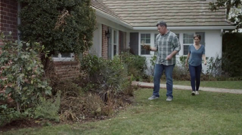 Lowe's Refresh Your Outdoors Event TV Spot, 'The Moment: Shrubs' - Thumbnail 1