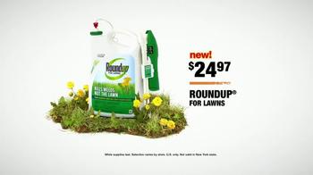 The Home Depot TV Spot, 'Green Lawn: Roundup' - Thumbnail 6