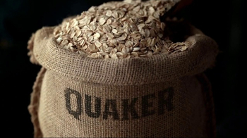 Quaker Harvest Breakfast Squares TV Spot, 'Nutritious Energy' - Thumbnail 1