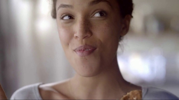 Quaker Harvest Breakfast Squares TV Spot, 'Nutritious Energy' - Thumbnail 8