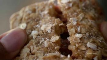 Quaker Harvest Breakfast Squares TV Spot, 'Nutritious Energy' - Thumbnail 3