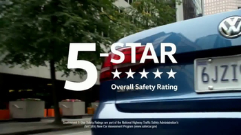 2017 Volkswagen Jetta TV Spot, 'Bear' [T2] - Thumbnail 7