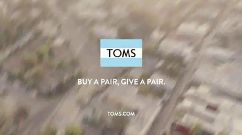 TOMS TV Spot, 'We Are What We Do' Featuring Caitlin Crosby, Eryn Allen Kane - Thumbnail 9