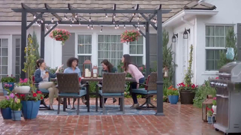 Lowe's Refresh Your Outdoors Event TV Spot, 'The Moment: Not the Look' - Thumbnail 8