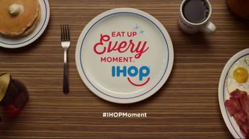 IHOP Springtime Pancakes TV Spot, 'Have a Fling This Spring' - Thumbnail 8
