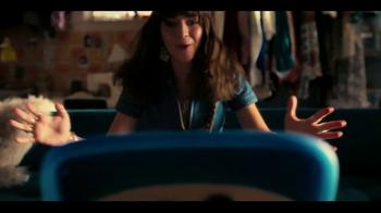 Netflix TV Spot, 'Girlboss' - Thumbnail 6