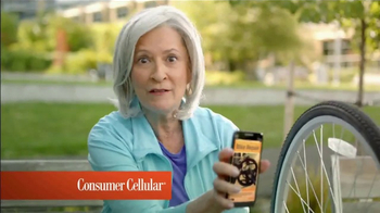 Consumer Cellular TV Spot, 'Change Is Easy: First Month Free: Plans $10+ a Month' - Thumbnail 2