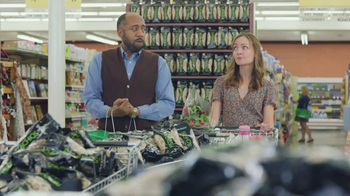 Wonderful Pistachios TV Spot, 'Ernie vs. The Express Lane' - Thumbnail 4