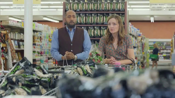 Wonderful Pistachios TV Spot, 'Ernie vs. The Express Lane' - Thumbnail 7