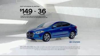 2017 Hyundai Elantra TV Spot, 'Invisible' [T2] - Thumbnail 6