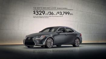 2017 Lexus IS 300 TV Spot, 'Confidence' [T2] - Thumbnail 9