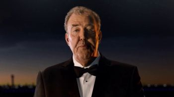 Emirates First Class TV Spot, 'Game Changer' Featuring Jeremy Clarkson - Thumbnail 5