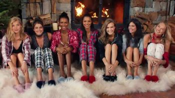 Victoria's Secret Sleep Separates TV Spot, 'Holiday Discount' - Thumbnail 10