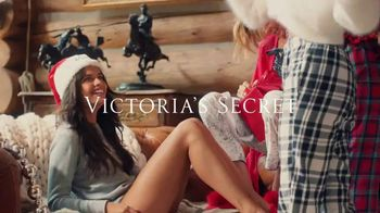 Victoria's Secret Sleep Separates TV Spot, 'Holiday Discount' - Thumbnail 9
