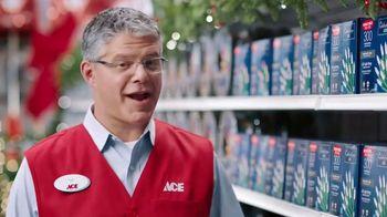 ACE Hardware Black Friday Savings TV Spot, 'Christmas Lights' - Thumbnail 3