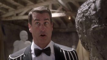 Dos Equis TV Spot, 'Most Interesting Fan: Sculpting' Featuring Rob Riggle - Thumbnail 8
