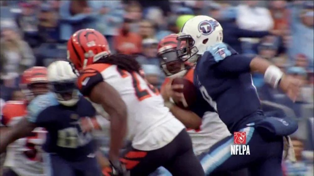 Bud Light TV Commercial, 'Key Ingredient: Titans Struggle'