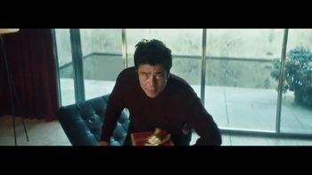 Heineken TV Spot, 'Traditions' Featuring Benicio del Toro - Thumbnail 1