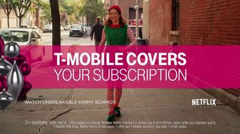T-Mobile Unlimited TV Spot, 'Holiday TWOgether' - Thumbnail 4