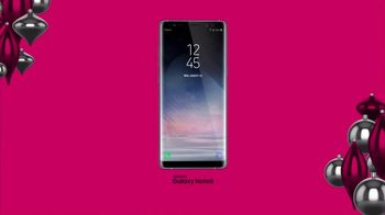 T-Mobile Unlimited TV Spot, 'Holiday TWOgether' - Thumbnail 8