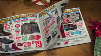 Bass Pro Shops 5 Day Sale TV Spot, 'Hats and Fishing Jerseys' - Thumbnail 3