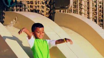 Disney Parks & Resorts TV Spot, 'Disney Junior: Disney's Caribbean Beach' - Thumbnail 7