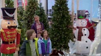 Lowe's Pre-Black Friday Deals Event TV Spot, 'Snowman: Pre-Lit Tree' - Thumbnail 5