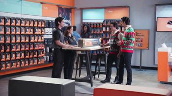 Boost Mobile TV Spot, '¡Compa!' [Spanish] - Thumbnail 1