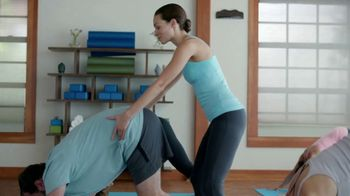 Aflac One Day Pay TV Spot, 'Yoga Class' - Thumbnail 4