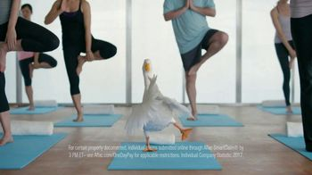Aflac One Day Pay TV Spot, 'Yoga Class' - Thumbnail 7