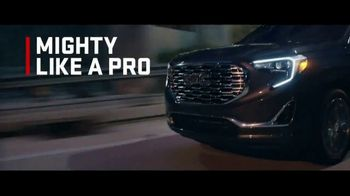 2018 GMC Terrain TV Spot, 'Mighty Like a Pro' Song by The Chemical Brothers - Thumbnail 4