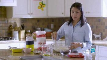 Play-Doh Kitchen Creations TV Spot, 'Universal Kids: Baking Cookies' - Thumbnail 1
