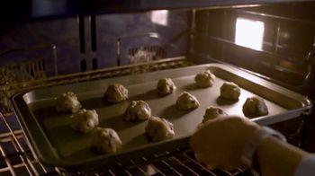 Play-Doh Kitchen Creations TV Spot, 'Universal Kids: Baking Cookies' - Thumbnail 4