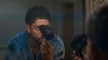 Foot Locker TV Spot, 'Greatness Does Good' Ft. Kyrie Irving, Anthony Davis - Thumbnail 10