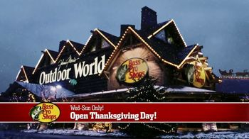 Bass Pro Shops 5 Day Sale TV Spot, 'Red Hot: Blanket-Wrap Scarves' - Thumbnail 10