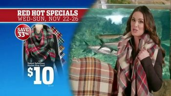 Bass Pro Shops 5 Day Sale TV Spot, 'Red Hot: Blanket-Wrap Scarves' - Thumbnail 5
