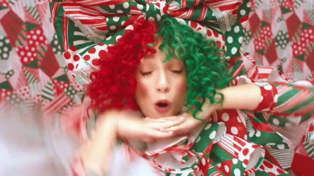 Sia Christmas.Sia Everyday Is Christmas Tv Commercial Video