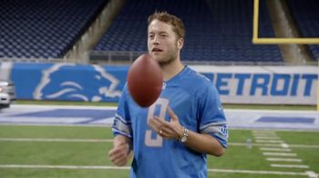NFL TV Spot, 'A Truck for Those That Serve' - Thumbnail 7