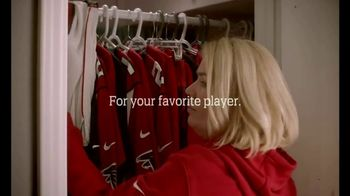 NFL Shop TV Spot, 'Favorite Player' - Thumbnail 8