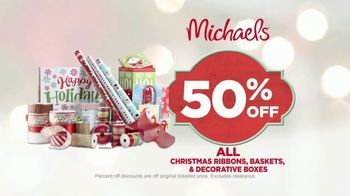 Michaels TV Spot, 'Holiday Collections' - Thumbnail 9