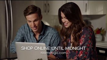 Rooms to Go Holiday Sale TV Spot, 'Don't Delay'