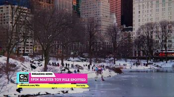 Cartoon Network Spin Master Holiday Toy Sweepstakes TV Spot, 'Toy Pile' - Thumbnail 6
