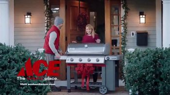 ACE Hardware Wrap It in Red TV Spot, 'The Best Brands Make the Best Gifts' - Thumbnail 6